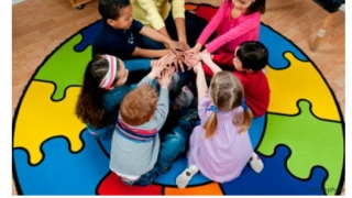 """Lessons range from pre-K to 12. One lesson for young kids focuses on """"Getting to Know People with Disabilities."""""""