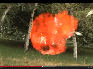 Many videos (like this H explosion) highlight impressive reactions or experiments not easy to reproduce in a classroom.