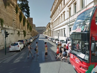 Street view offers a high resolution view of many of the streets in the world.